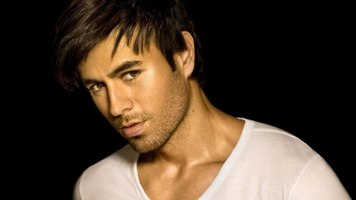 Enrique Iglesias Turn the night on