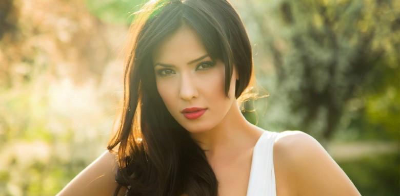 alexandra badoi fall in love