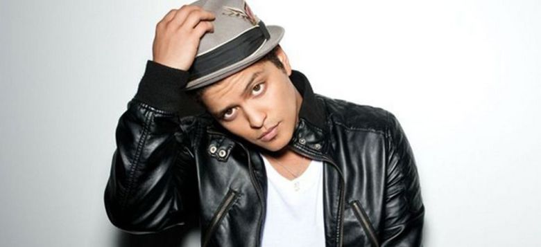 Bruno-Mars artist piratata 2013