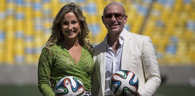 pitbull claudia leitte we are one imn campionat mondial fotbal brazilia