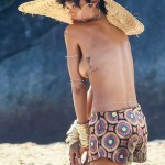 rihanna topless vogue brazilia 2