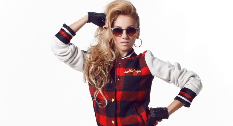 Simona Nae videoclip K P Beat