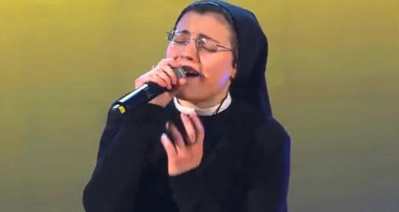 cristina calugarita vocea italiei