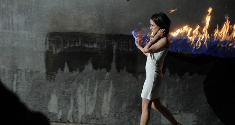 miss mary bitza videoclip ma joc cu focul