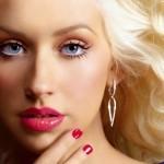 Cântăreaţa Christina Aguilera a născut o fetiţă