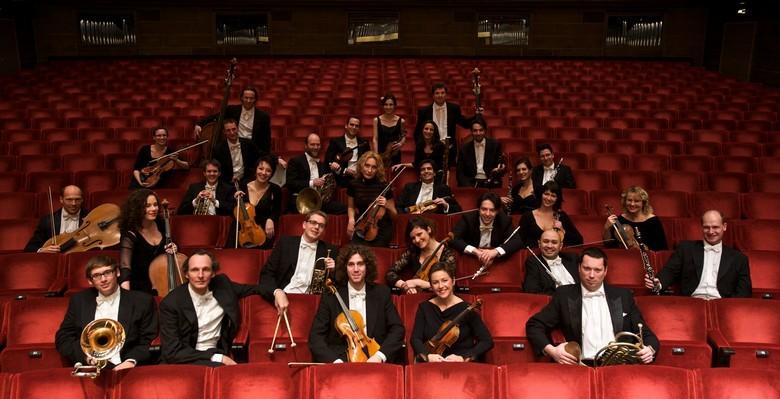 Schloss Schonbrunn Orchester