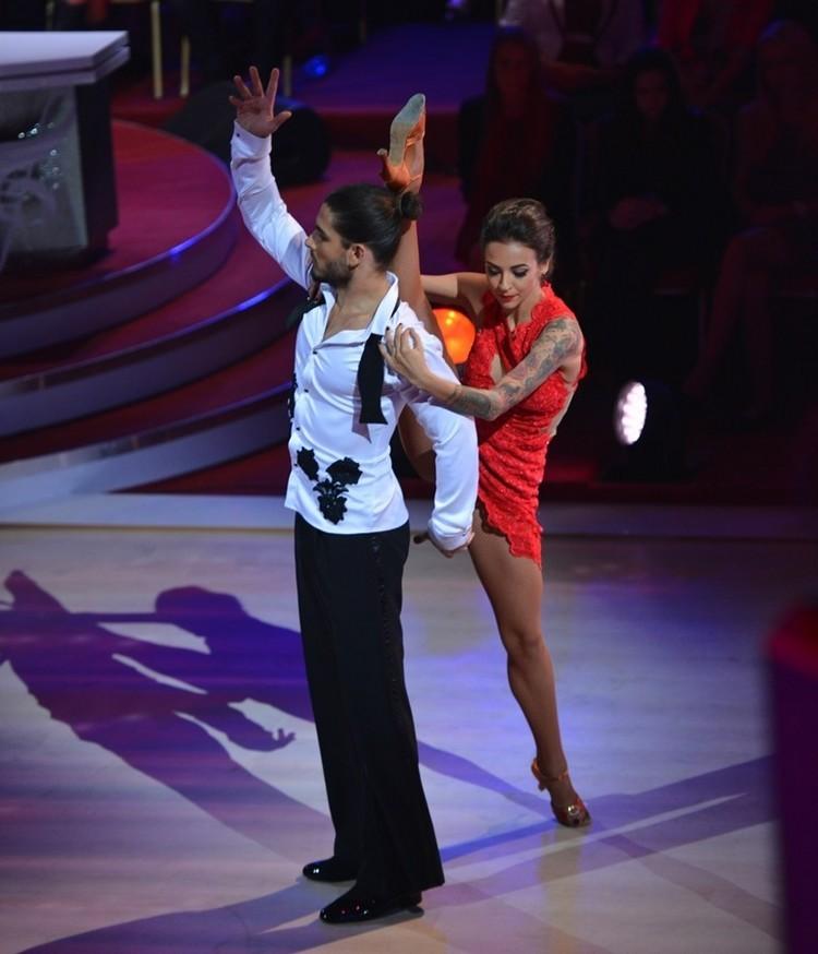 danseaza printre stele perechi prima editie (2)
