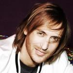 David Guetta vrea să fie primul DJ care mixează muzică în spaţiu