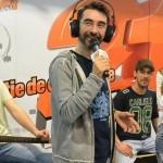 Nicoleta Nucă l-a bătut pe Găinușă la concursul de mâncat prăjituri cu frișcă