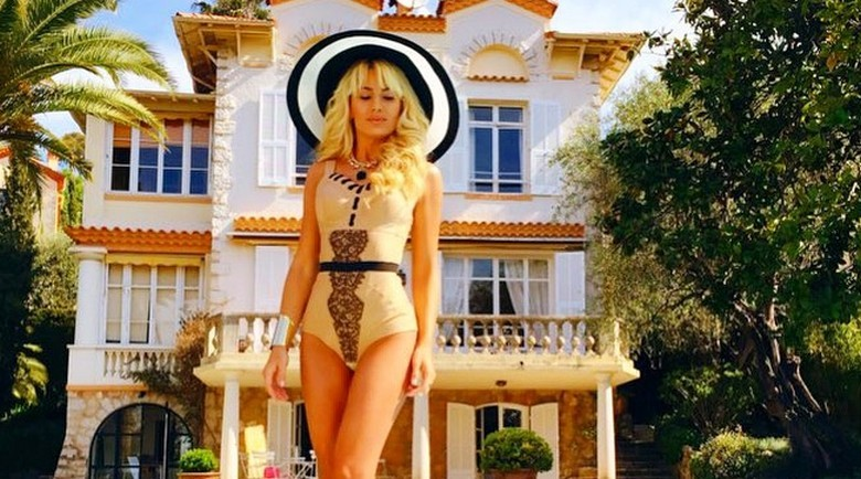 Natalia Gordienko videoclip Summertime