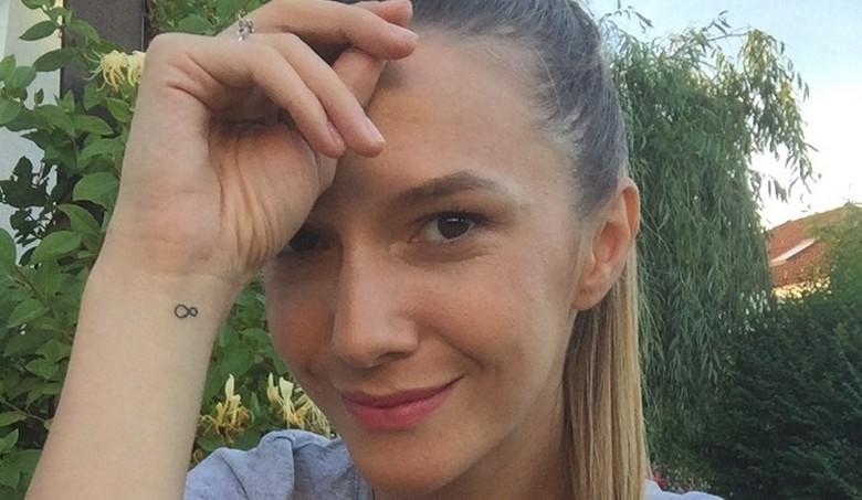 adela popescu tatuaj curaj