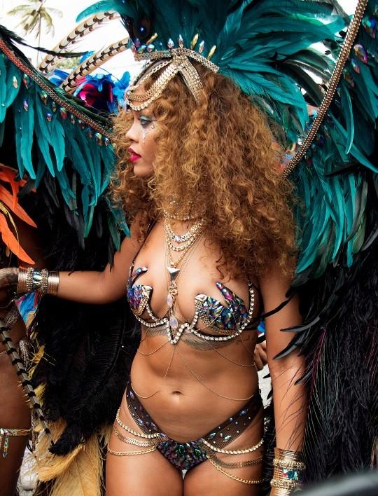 rihanna carnaval barbados kadooment