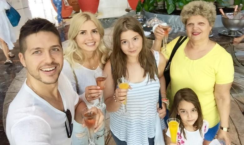 Jorge si familia