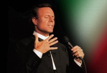 Julio Iglesias- Album Cover
