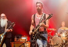 eagles of death metal anulat turneu european