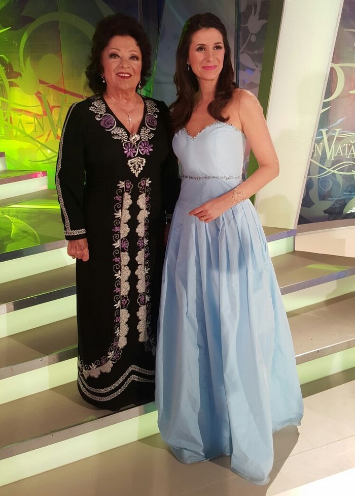 Iuliana Tudor si Irina Login