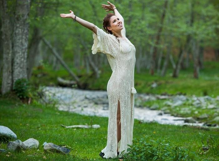 cristina balan unbreakable videoclip