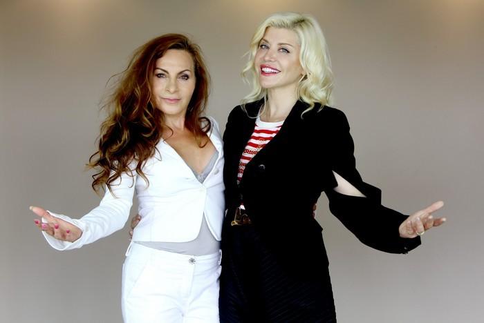 Loredana si Lucia Ciobotaru