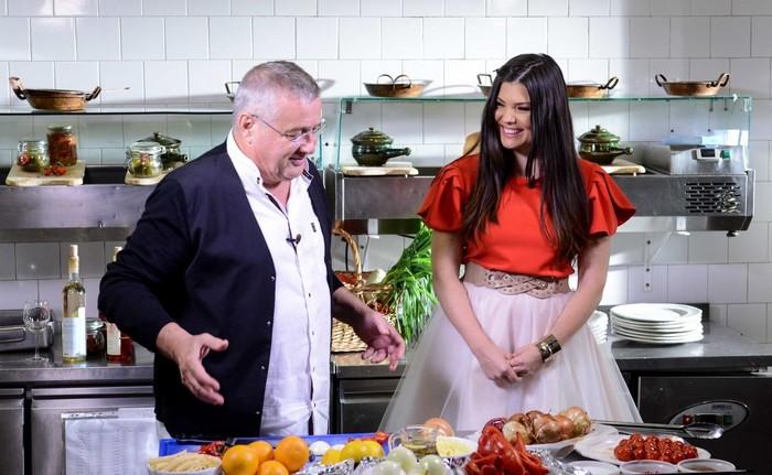 Dinescu si Paula Seling la Bucataria lui Dinescu