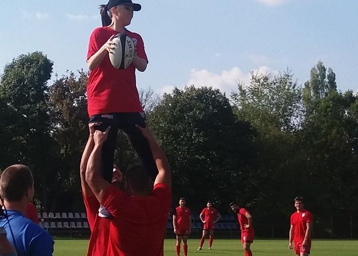 paula-seling-joaca-rugby3