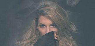 ana-baniciu-aroma-de-iarna-videoclip